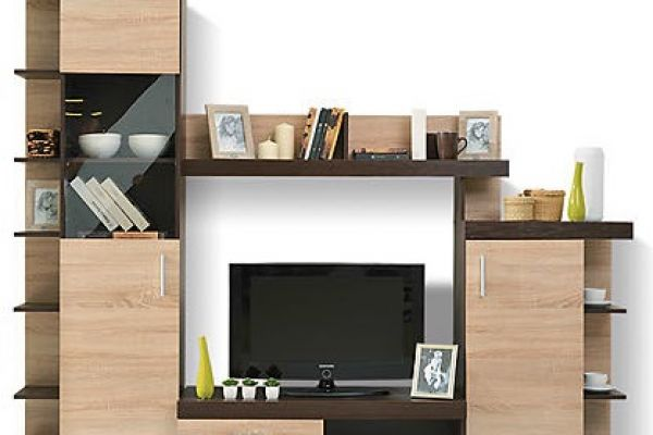 TV+vitrina+TAURUS
